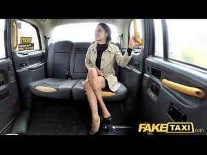 Lesbisch Fake Taxi Abspritzen
